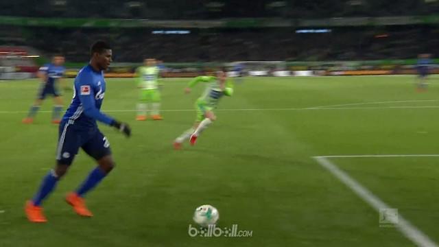 Schalke mencatat kemenangan 1-0 atas Wolfsburg di menit akhir pertandingan dengan bantuan gol bunuh diri dari Robin Knoche. Pemain...