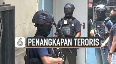 Detasemen Khusus 88 Antiteror Polri kembali melakukan penggeledah di dua lokasi berbeda di Kota Bandung, Jawa Barat, Rabu (16/10/2019).