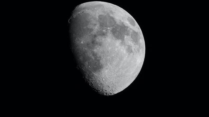 Bulan Purnama Strawberry Full Moon Muncul Dini Har