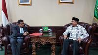 Menteri Negara Inggris untuk Negara-Negara Persemakmuran dan PBB, Lord (Tariq) Ahmad of Wimbledon (kiri) dan Menteri Agama RI Lukman Hakim Saifuddin (30/10) (sumber: Istimewa)