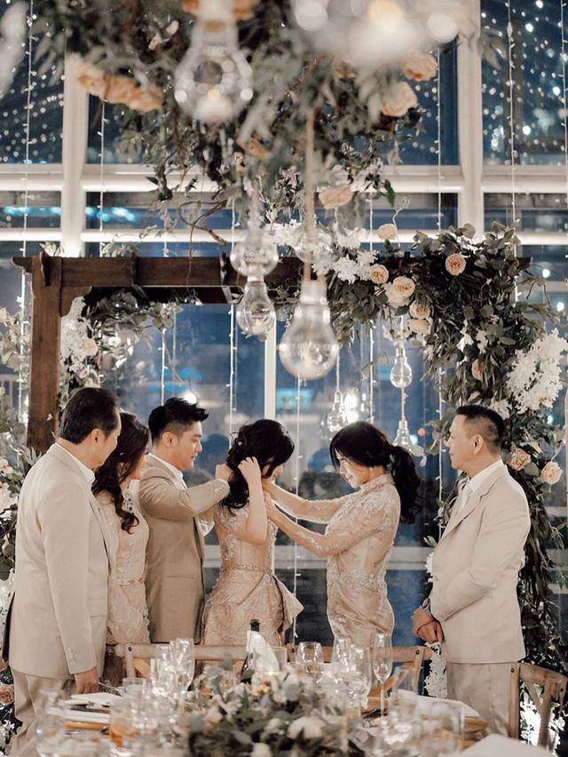6 Momen Pertunangan Boy William dan Karen Vendela, Mewah