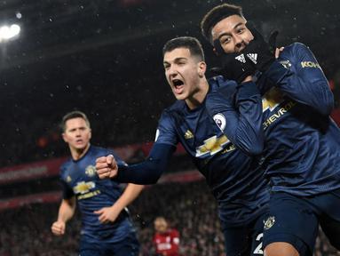 Jesse Lingard (kanan) dipinjamkan oleh Manchester United menuju West Ham United untuk mendapatkan jam bermain yang cukup. Dirinya mampu tampil apik untuk meningkatkan peluangnya bermain di MU dan terbukti dari laga pramusim yang dilakoninya. (Foto: AFP/Paul Ellis)