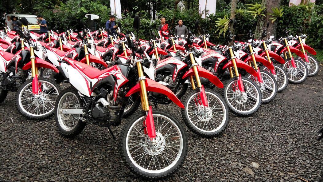 Menguji Honda CRF150L di Bandung.(Septian/Liputan6.com)