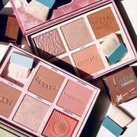 Benefit Cosmetics hadirka dua palet edisi terbatas.