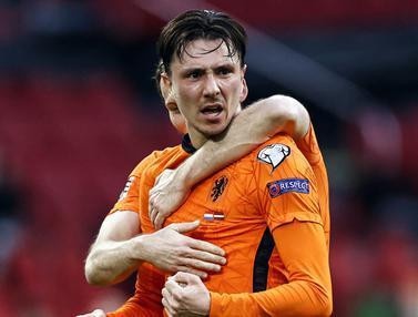 FOTO: Buang Banyak Peluang, Belanda Cuma Menang 2-0 atas Latvia - Steven Berghuis