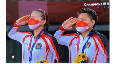 6 Potret Kemenangan Greysia Polii dan Apriyani Rahayu, Bawa Pulang Medali Emas