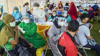 Resep Manjur Kejar Target Vaksinasi 100 Persen di Surabaya