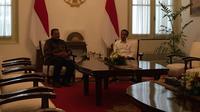 Presiden Jokowi bertemu Presiden ke-6 RI Susilo Bambang Yudhoyono (SBY) di Istana Merdeka, Jakarta, Kamis (10/10/2019) siang. (Merdeka.com/Intan Umbari Prihatin)