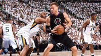 Forward Los Angeles Clippers, Blake Griffin, mengalami cedera jempol kaki kanan pada gim ketiga babak pertama playoff NBA 2017 Wilayah Barat kontra Utah Jazz di Vivint Smart Home Arena, Salt Lake City, Jumat (21/4/2017). (NBA)
