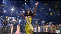 Finalis Amerika Serikat Abena Appiah Raih Gelar Miss Gramd International 2020. foto: screenshot Youtube GrandTV