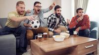 Awas, Sering Teriak Saat Nonton Piala Dunia, Rusak Pita Suara! (Ivanko80/Shutterstock)