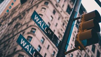 Wall Street Bervariasi Imbas Tekanan Saham Nike hingga Teknologi