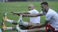 Dua pemain asing Persik, Arthur Felix Silva dan Youssef Ezzejjari akan diuji kualitasnya pada uji coba melawan klub Liga 2, KS Tiga Naga. (Bola.com/Gatot Susetyo)