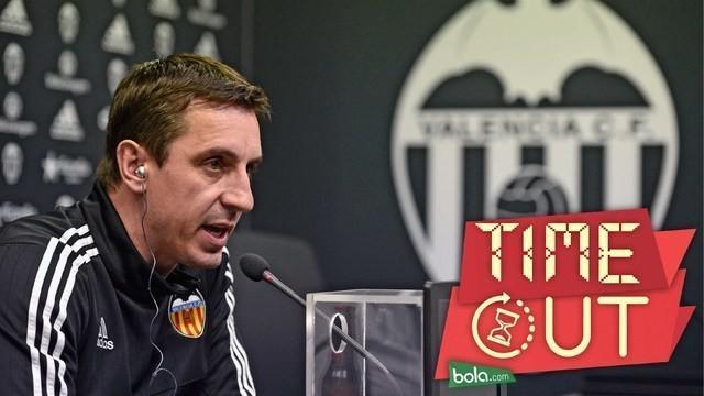 Pelatih Valencia, Gary Neville, menolak mundur dari jabatannya setelah Los Ches takluk 0-7 dari Barcelona pada leg pertama babak semifinal Copa del Rey di Stadion Camp Nou.