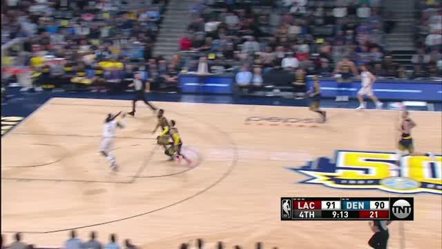 Berita video game recap NBA 2017-2018 antara LA Clippers melawan Denver Nuggets dengan skor 122-120.