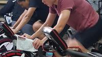 Atlet Pelatnas Balap Sepeda melakukan latihan di tengah pandemi corona.