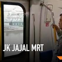 Wakil Presiden Jusuf Kalla mencoba moda transportasi mass rapid transit (MRT) relasi Bundaran Hotel Indonesia - Lebak Bulus di Jakarta.