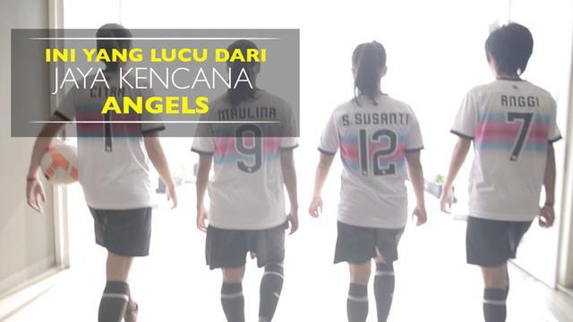 Video beberapa kisah lucu dari empat pemain futsal putri Jaya Kencana Angels saat berkunjung ke kantor Bola.com.