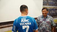 Esteban Vizcarra mengenakan nomor punggung 7. (Huyogo Simbolon)
