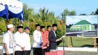 Jokowi resmikan pembangunan Asrama Haji di Mandailing Natal, Sumatrera Utara (Biro Pers)