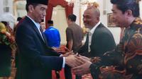 Relawan Solidaritas Merah Putih bertemu Presiden Jokowi saat Open House Lebaran di Istana