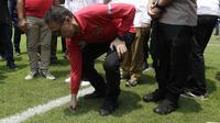 Ketua Umum PSSI, Mochamad Iriawan, melakukan inspeksi ke Stadion Pakansari, Cibinong, Kabupaten Bogor, Selasa (3/3/2020) untuk melihat persiapan kandidat venue Piala Dunia U-20 2021. (Bola.com/M. Iqbal Icshan)