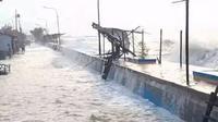 Badan Meteorologi Klimatologi dan Geofisika (BMKG) menyebut, banjir rob pesisir akibat pasang air laut di pantai utara Pulau Jawa masih akan terus berlangsung hingga 6 Juni 2020. (Liputan6.com/ Ist)