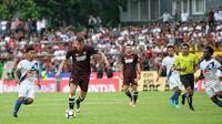 Wiljan Pluim saat laga PSM vs PSIS di Stadion AMM, Makassar, Minggu (25/3/2018). (Bola.com/Abdi Satria)