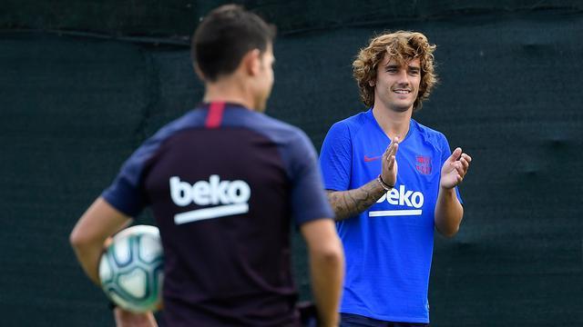 Latihan Perdana di Barcelona, Antoine Griezmann Penuh Tawa
