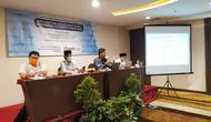 Lembaga survei Populi Center merilis elektabilitas Pasangan Calon (Paslon) Peserta Pilkada Surabaya (Foto: Liputan6.com/Dian Kurniawan)