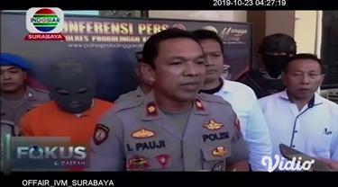 Polisi menangkap satu pelaku pembunuhan M Dani (22), yang mayatnya ditemukan di dekat pemandian Sumber Ardi di Probolinggo. Pelaku adalah RE, yang tak lain teman korban sendiri.