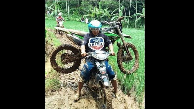 Gambar Motor Trail Lucu Galeriotto