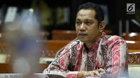 Capim KPK Nurul Ghufron menyampaikan pendapatnya saat mengikuti uji kelayakan dan kepatutan dengan Komisi III DPR di Kompleks Parlemen, Jakarta, Rabu (11/9/2019). Ghufron beralasan SP3 sewajarnya diterapkan KPK karena kemungkinan adanya kesalahan dalam penyidikan. (Liputan6.com/JohanTallo)