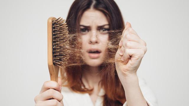 5 Obat Alami untuk Rambut Rontok yang Bisa Kamu Buat di Rumah ... ad9fcc4c80