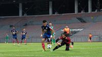 Saddil Ramdani beraksi ketika Sabah FC menang 3-0 atas Kuching City FC dalam laga uji coba pada Minggu (28/3/2021). (Doc: Facebook Sabah Football Club).