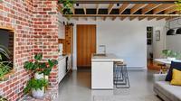 Inspirasi renovasi ruangan bekas pondok pekerja. (Sumber: Furnizing)