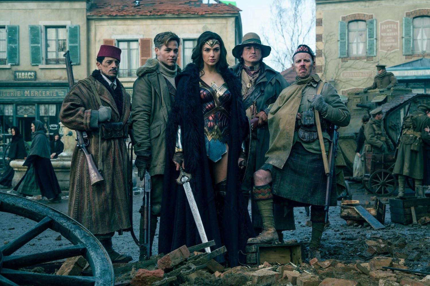 Cuplikan Film Wonder Woman (IMDb)