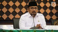 Menteri Agama (Menag) Yaqut Cholil Qoumas menggelar konferensi pers di Gedung Kementerian Agama, Jakarta, Kamis (3/6/2021). Pemerintah memastikan tidak memberangkatkan jemaah haji Indonesia pada musim haji 1442 H/2021 M. (Liputan6.com/Faizal Fanani)