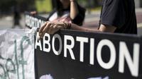 Ilustrasi legalisasi aborsi (Reuters)