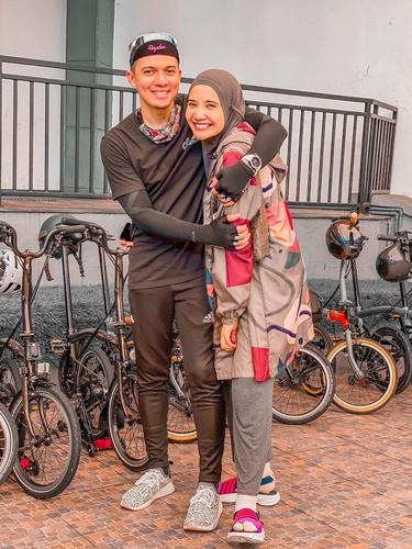 Zaskia Sungkar dan Irwansyah. (Foto: Instagram @zaskiasungkar15)