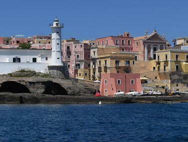 FOTO: Keindahan Pulau Ventotene di Italia