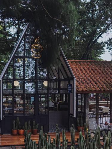 Tempat Ngopi Baru di Bawah Pohon Rindang di Tajur Bogor, Tanpa AC Tetap Adem