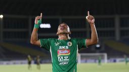 Keunggulan Barito Putera hanya bertahan beberapa detik. PSS Sleman dengan sigap membalas lewat Irfan Jaya pada menit ke-18. (Bola.com/Bagaskara Lazuardi)
