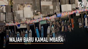 Permukiman nelayan yang berada Kamal Muara, Penjaringan, Jakarta Utara ditata menjadi Kampung Pelangi dengan sentuhan cat warna-warni di seluruh bagian dinding dan atap bangunan.