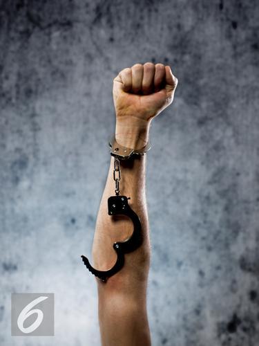 Ilustrasi Bebas Dari Penjara