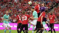 Manchester United menang 1-0 atas Inter Milan dalam laga International Champions Cup 2019, di National Stadium, Singapura, Sabtu (20/7/2019). (AFP/Roslan Rahman)