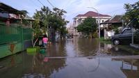 Pada 2019, kota Bangkalan dilanda banjir hingga masuk ke perumahan elit.