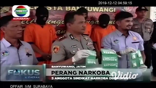 Perang terhadap narkoba terus digencarkan Aparat Kepolisian di Jawa Timur. Di Pasuruan, polisi meringkus enam pengedar narkoba, yang di antaranya menyasar remaja dan pelajar sebagai pelanggan.