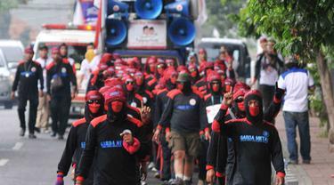 Ratusan Buruh Long March 3 Hari 3 Malam