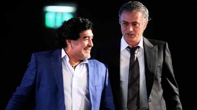 Diego Maradona bersama Jose Mourinho